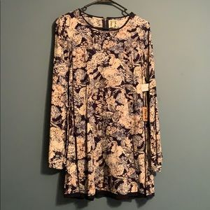 Ppla Clothing Floral Dress with Belle sleeves
